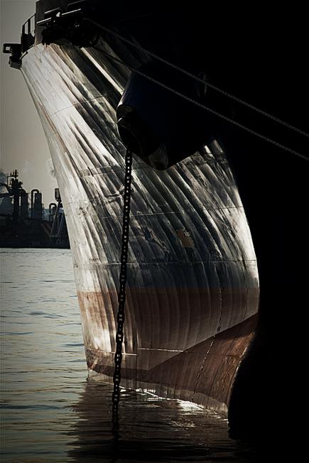 印象 ―船体としての鋼鉄―