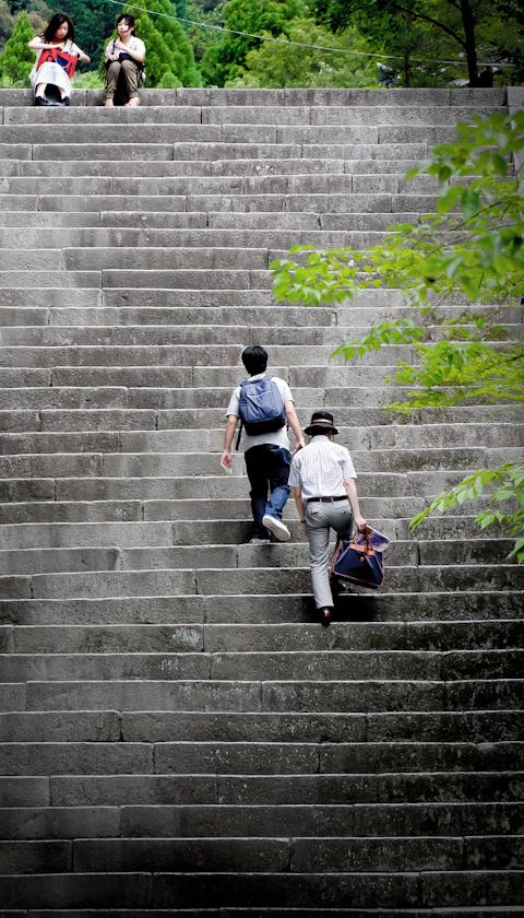 石段を上ること